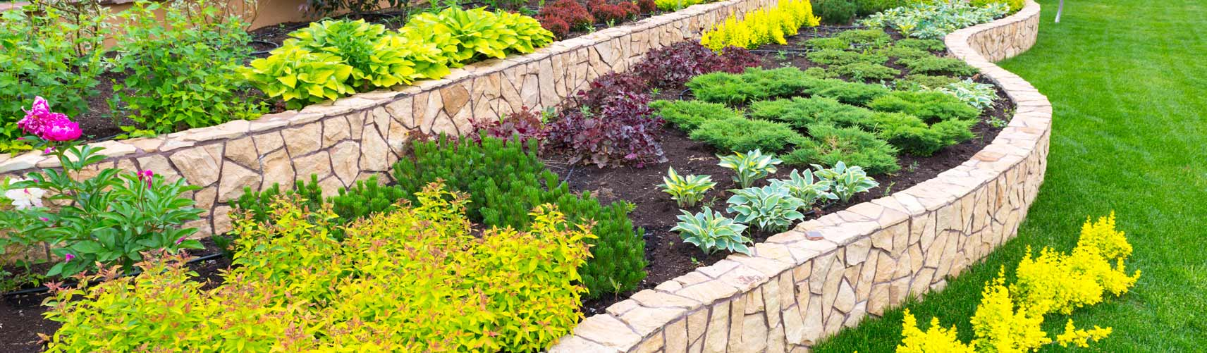 Milwaukee Landscaping Company, Landscaper and Landscaping Services